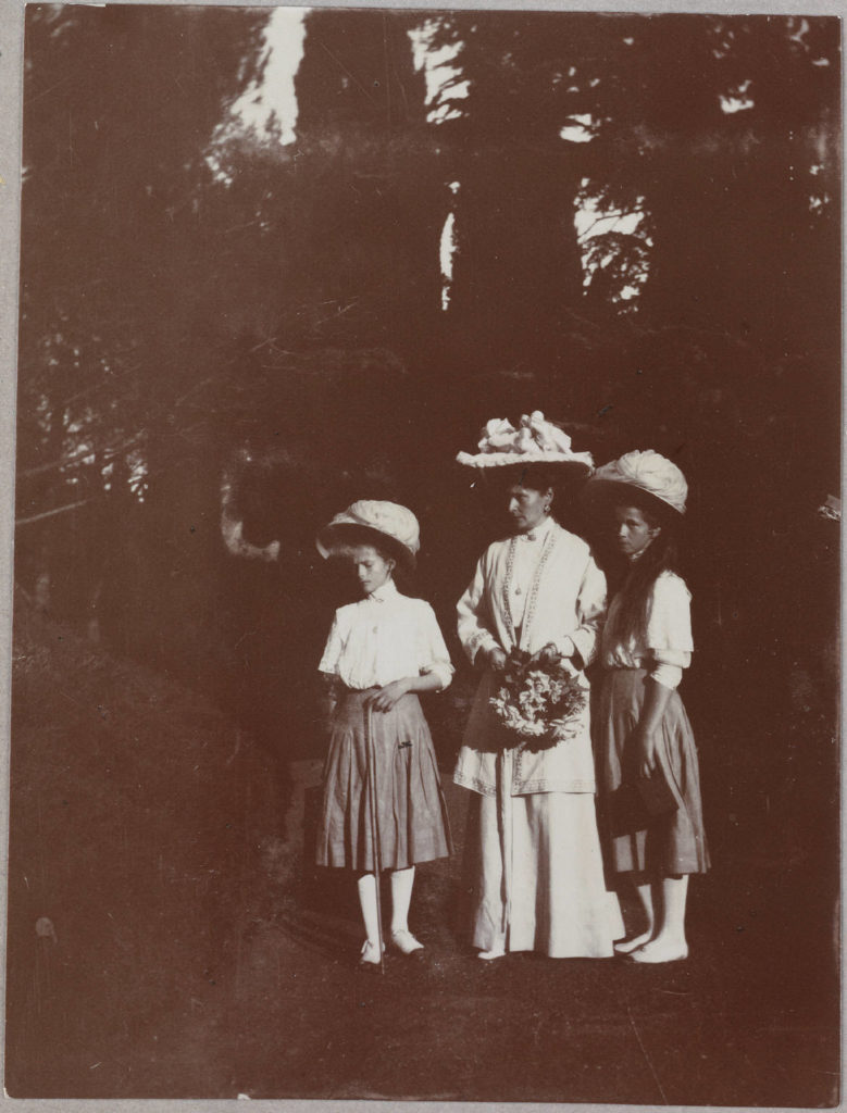 Russian royalty - Empress Alexandra and her daughters Grand Duchesses Olga, and Tatiana