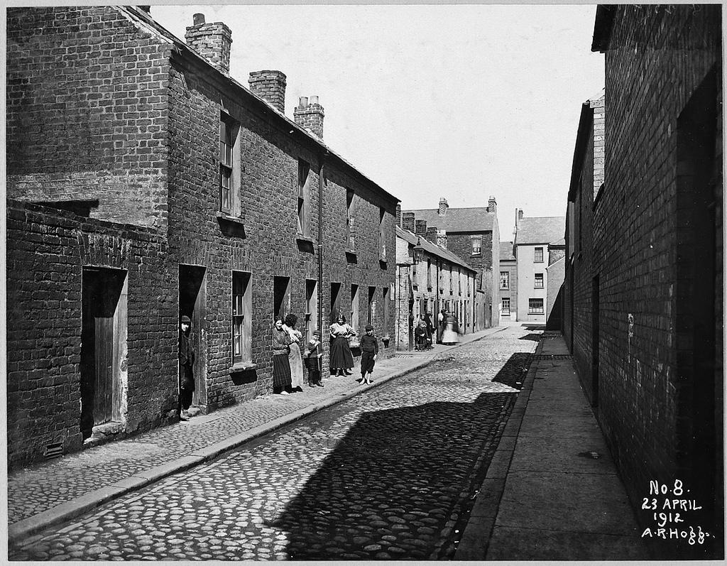Little York Street Area: Little Henry Street looking towards Henry Street No.s 20 to 29 on plan