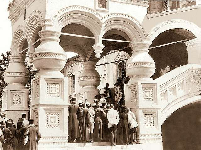 The royal family descends the steps of the Trinity Cathedral of the Ipatiev Monastery. Kostroma.