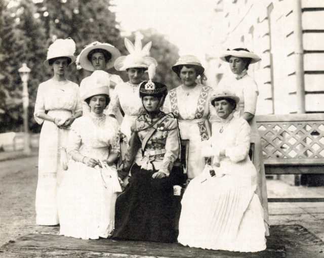 Chief of the 3rd Hussar Elisavetgrad Regiment Grand Duchess Olga Nikolaevna with the wives of the officers of the regiment. Peterhof. August 5, 1913