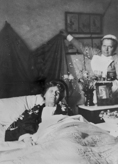 Emmeline Pankhurst with Nurse Pine, c.1913.