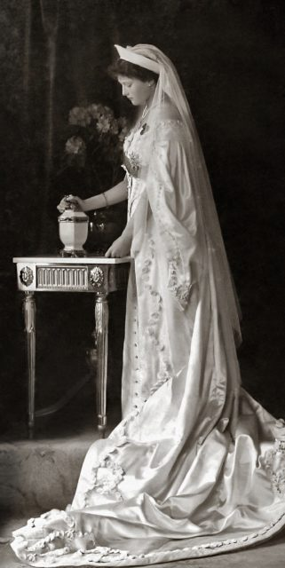 Her Imperial Majesty Grand Duchess Tatiana Nikolaevna. The second daughter of Emperor Nicholas II and Empress Alexandra Feodorovna. Official portrait. Photo of 1913.