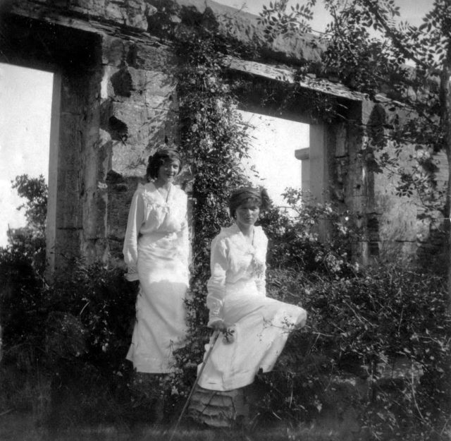 Grand duchesses Olga and Tatiana in Livadia.1914 .