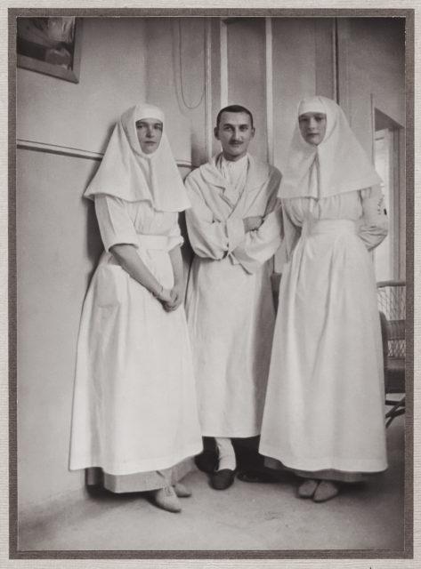 Grand Duchesses  Olga Nicholaevna and Tatiana Nicholaevna. 1914.