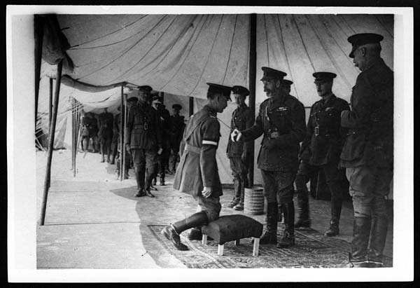 H.M. conferring the honour of knighthood on Lieut General Fanshaw