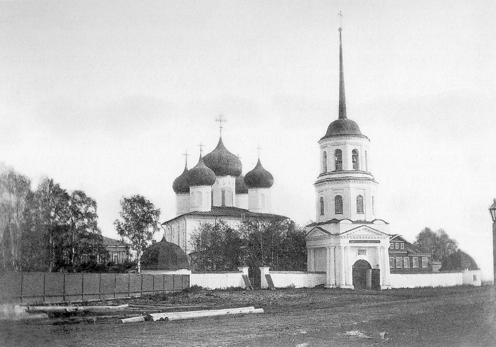 Mikhail-Archangel monastery. Arkhangelsk