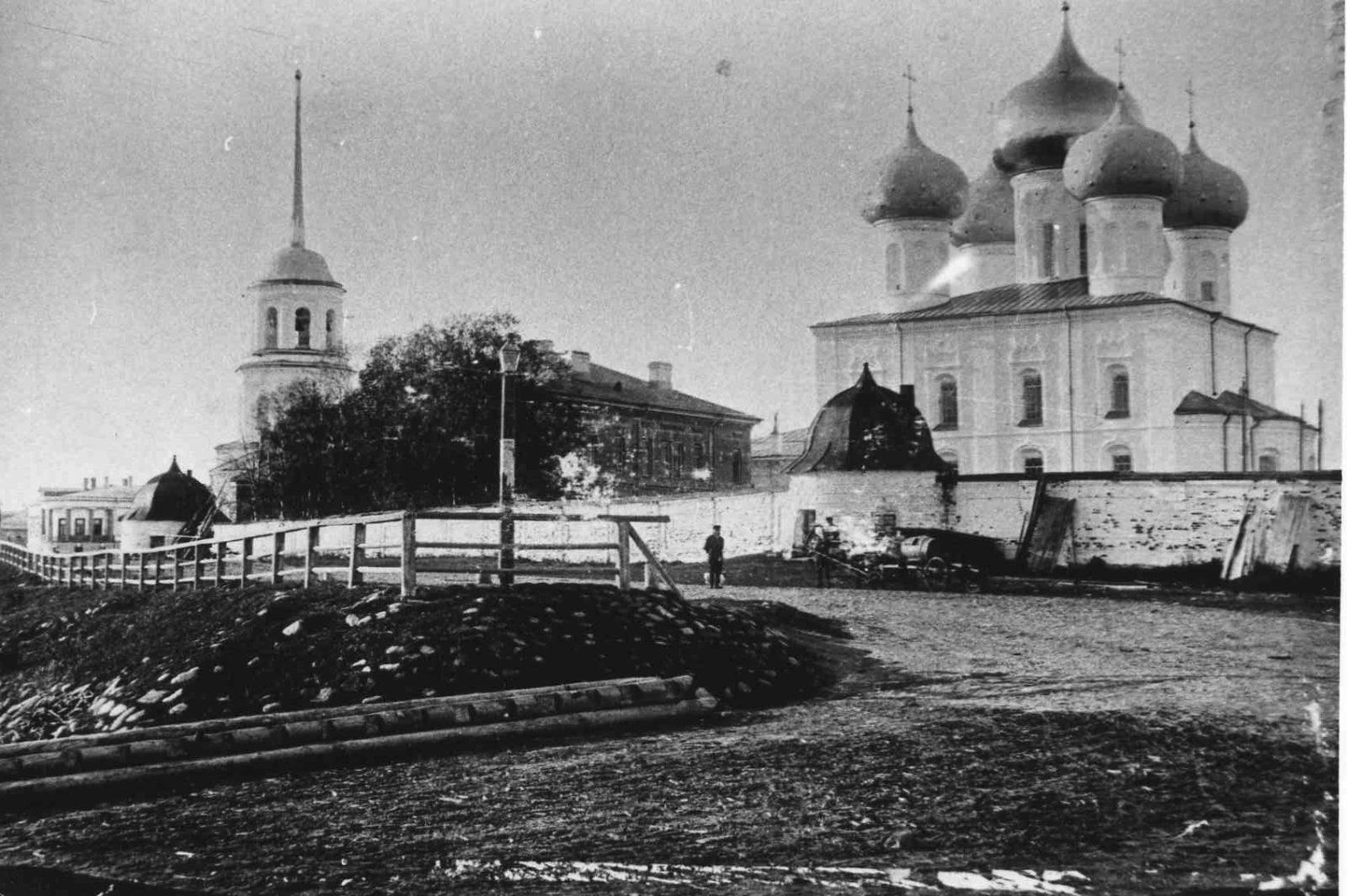 Mikhail-Archangel monastery. Arkhangelsk (Archangel) - Arkhangelsk (Archangel)
