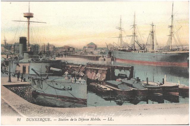 Postcard: Dunkerque - Station de la Defense Mobile