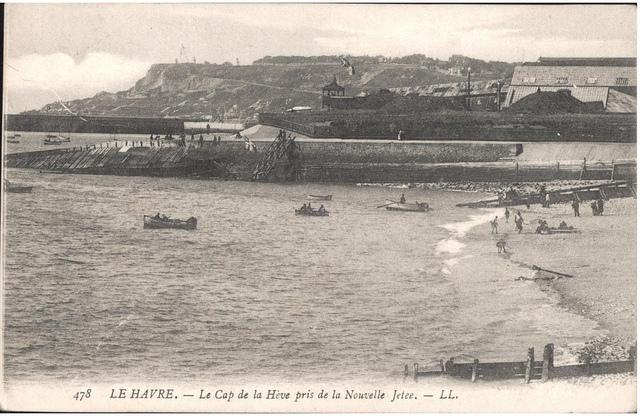 Postcard: Le Havre - Le Cap de la Heve pris de la nouvelle Jetee