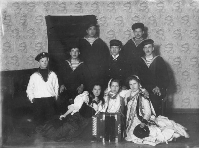 Family portrait. Onega, Arkhangelsk region, Russia, White Sea.