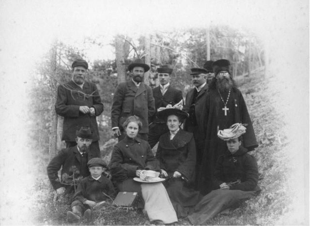 Residents of Onega, Arkhangelsk gubernia, Russia, White Sea.