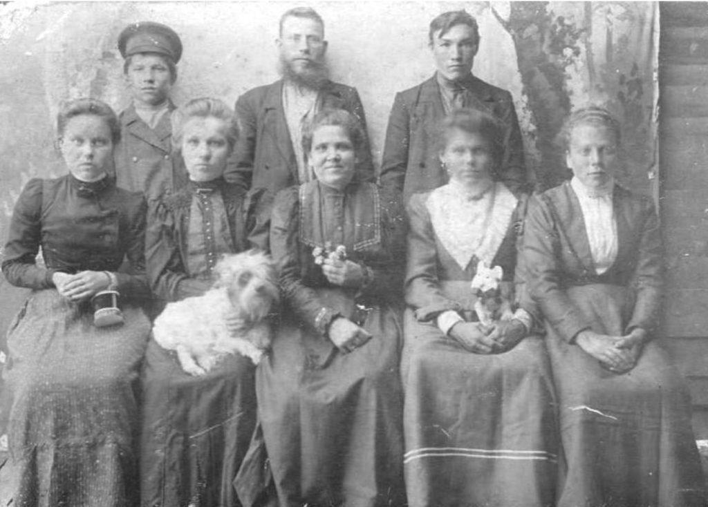 Family. Onega, Arkhangelsk region, Russia, White Sea.