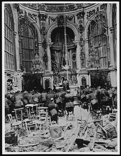 Thanksgiving service in the Cambrai Cathedral for the deliverance of the Town