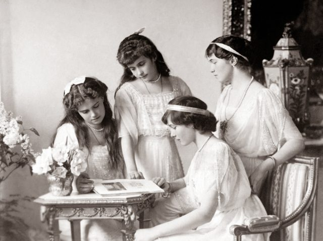 The Grand Duchesses Olga, Tatiana, Maria and Anastasia. Daughters of Emperor Nicholas II and Empress Alexandra Feodorovna. Photo of 1914.