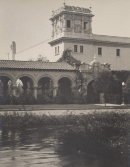Colonade to Foreign Arts Building (Panama-California Exposition)