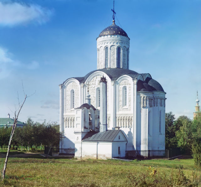 Dmitrievsky Cathedral, Vladimir, Prokudin-Gorskiy color separation negative