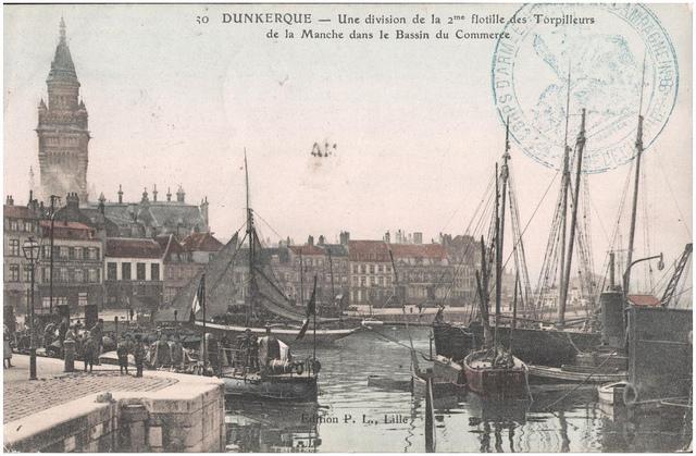 Postcard: Dunkerque - Une division de la 2me flotille des Torpilleurs de la Manche dans le bassin du Commerce.
