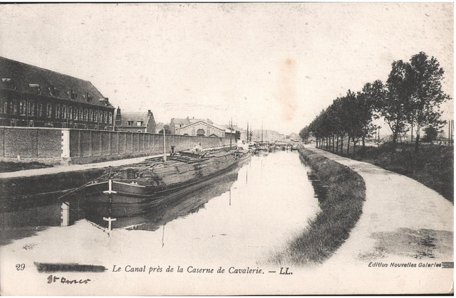 Postcard: St Omer - Le Canal pres de la Caserne de Cavalerie, sent August 1915