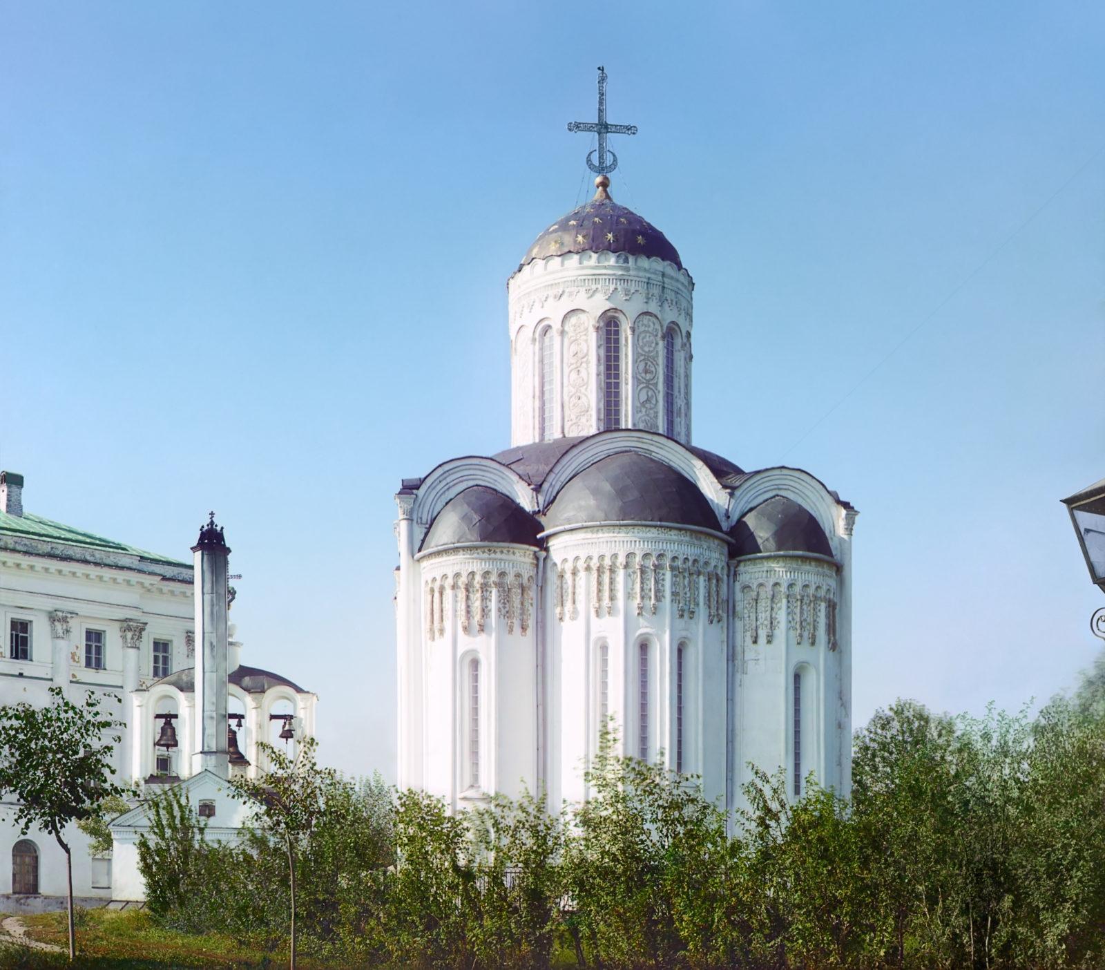 Vladimir - Dmitrievsky Cathedral, Color photo