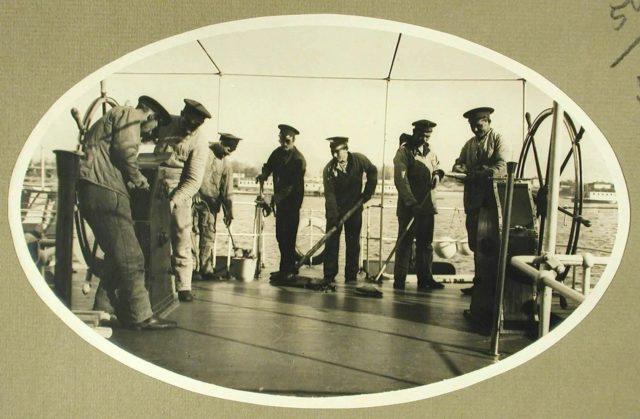 "Deck Cleaning. Steamer ""Golovachev."" 1916."