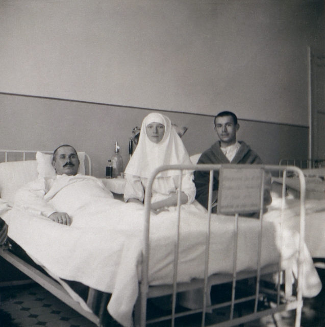 Grand Duchess Tatyana Nikolaevna with the wounded soldiers