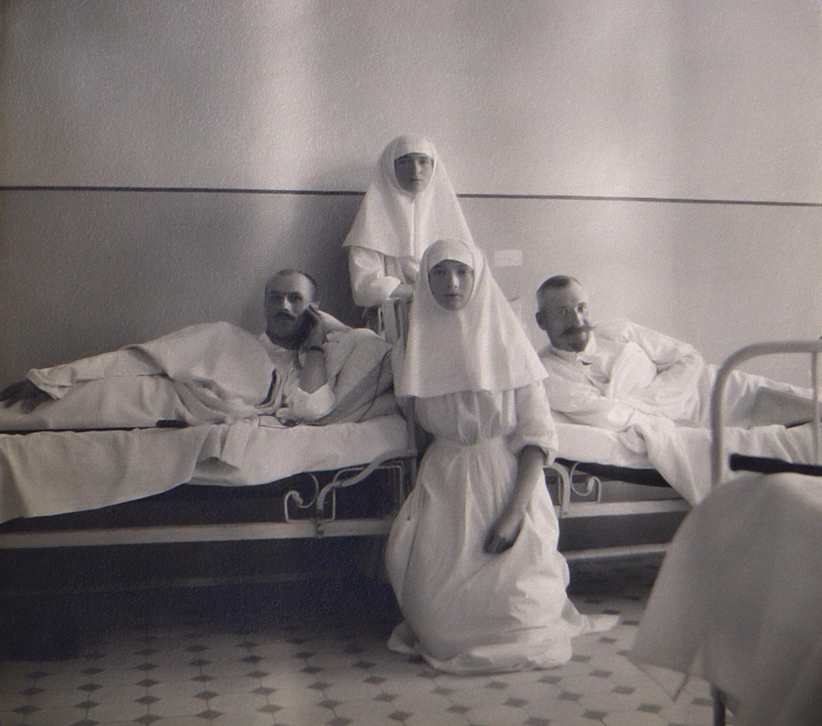 Grand Duchess Tatiana Nikolaevna, Grand Duchess Olga Nikolaevna, in hospital