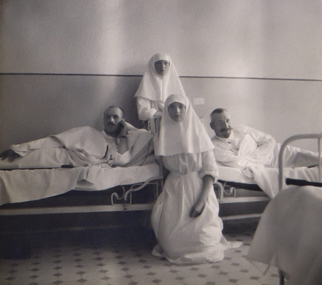 Grand Duchess Tatiana Nikolaevna, Grand Duchess Olga Nikolaevna, in hospital