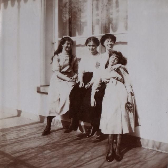Grand Duchesses Olga, Tatiana, Maria, Anastasia,