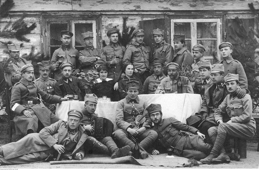 Stacja Zborna Legionów w Kozienicach (22-180)