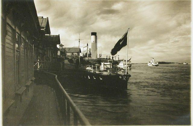"""Steamer """"Golovachev."""" 1916."""
