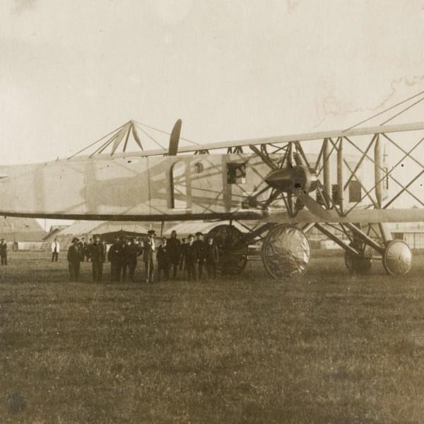 Svyatogor on Komendantskiy aerodrome. 1916