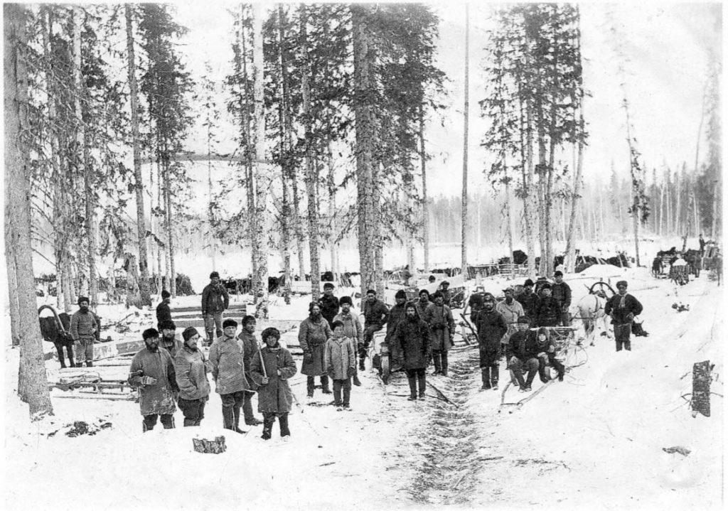 Arkhangelsk Loggers. 1910s - Jan Soberg photography - Arkhangelsk (Archangel)