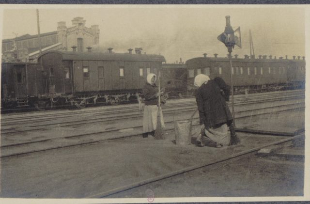 From Petrograd to Vologda by rail in 1917
