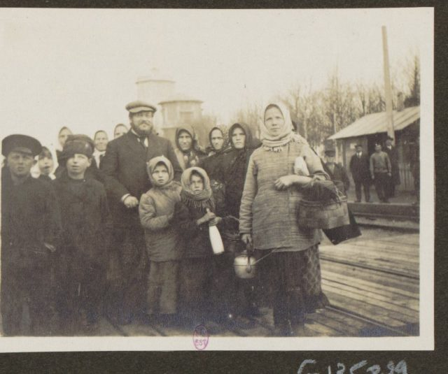 Albert Thomas with people, Russia.