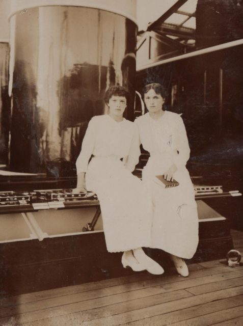 Grand Duchesses Olga, Tatiana