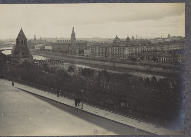 Moscow view in 1917. Albert Thomas travel to Russia.