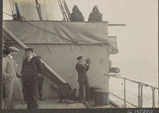 Socialist Albert Thomas Socialist Albert Thomas travels to Russia on board of HMS Roxburgh, 1917