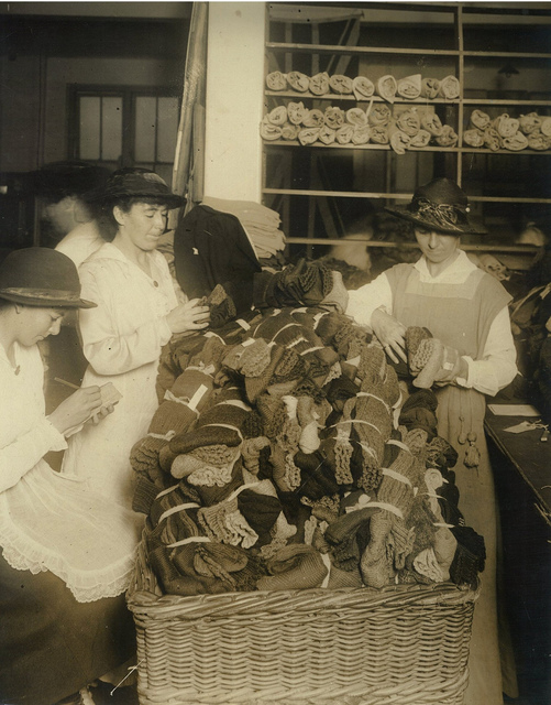 "Tallying and inspecting, ""War Chest"" Sock Appeal, Sydney, May 1917 / photographer G. A. Hills"