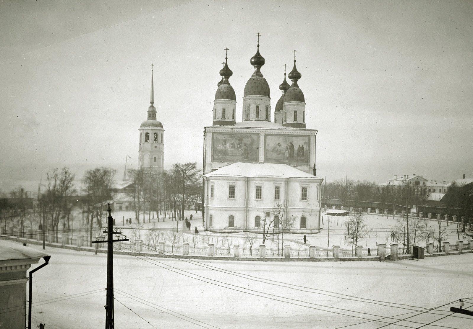 Arkhangelsk Cathedral during revolution and civil war 1918-1919