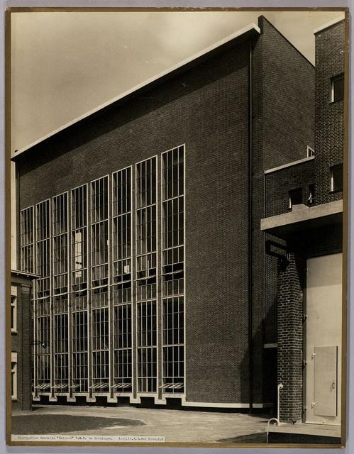 Hoofdgebouw Provinciaal Elektriciteitsbedrijf | Main Building Electricity Company