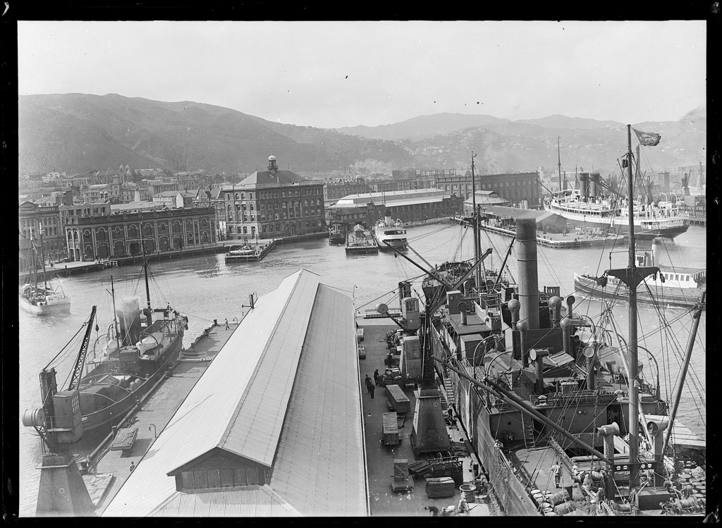 Taranaki Street Wharf, Wellington, [ca 1920s]