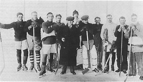 Eatonia's first hockey team 1921