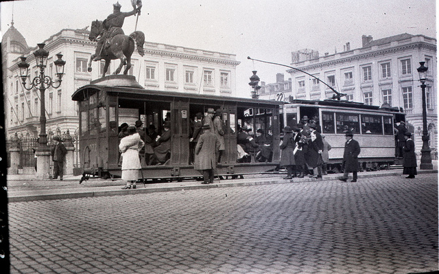 Tram stop in Brussels october 1922