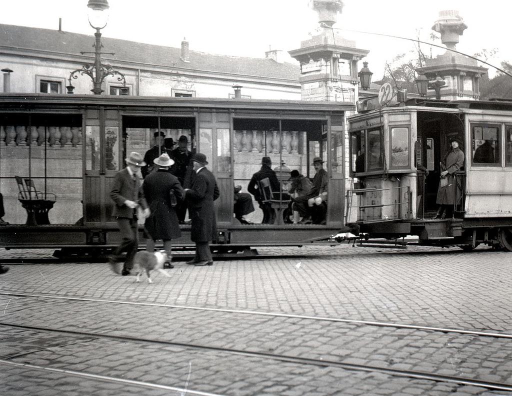 Tram stop in Brussels october 1922