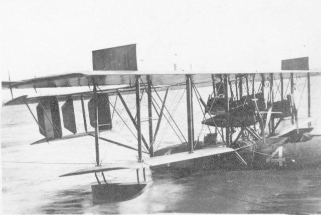 Curtiss NC-4 001