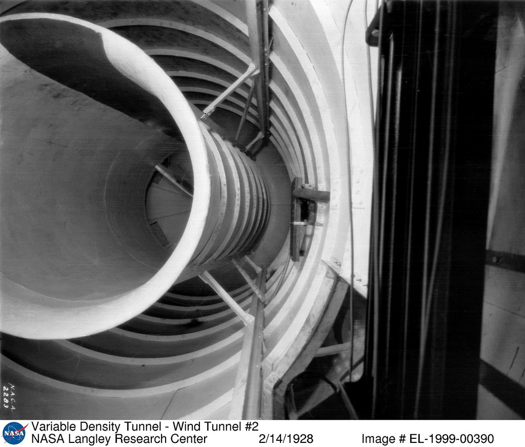 Variable Density Wind Tunnel