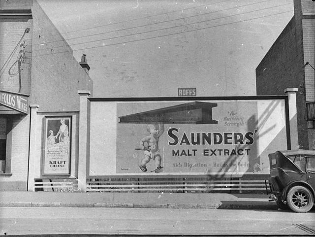Billboard advertising Saunders' malt extract, Sydney, ca. 1930 / photographer Sam Hood