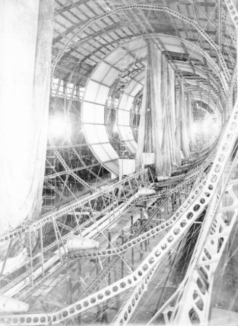 s-l zeppelin construction