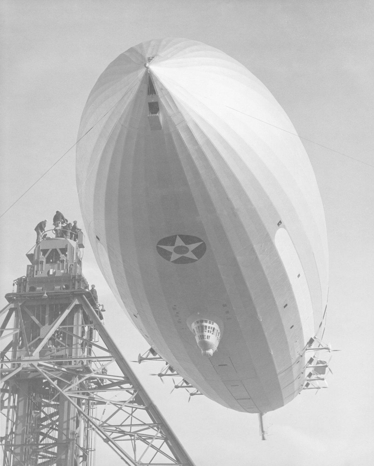Navy USS Macon Mooring at south circle U.S. Naval Airstation Sunnyvale, Mt. View CA ARC-1934-A91-0261-21