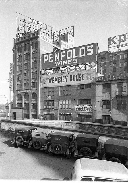 Glaciarium garage, Little Regent Street, off George Street, Sydney, ca. 1934 / photographer Hall & Company